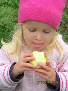 Anabelle - eating apple fall 2012